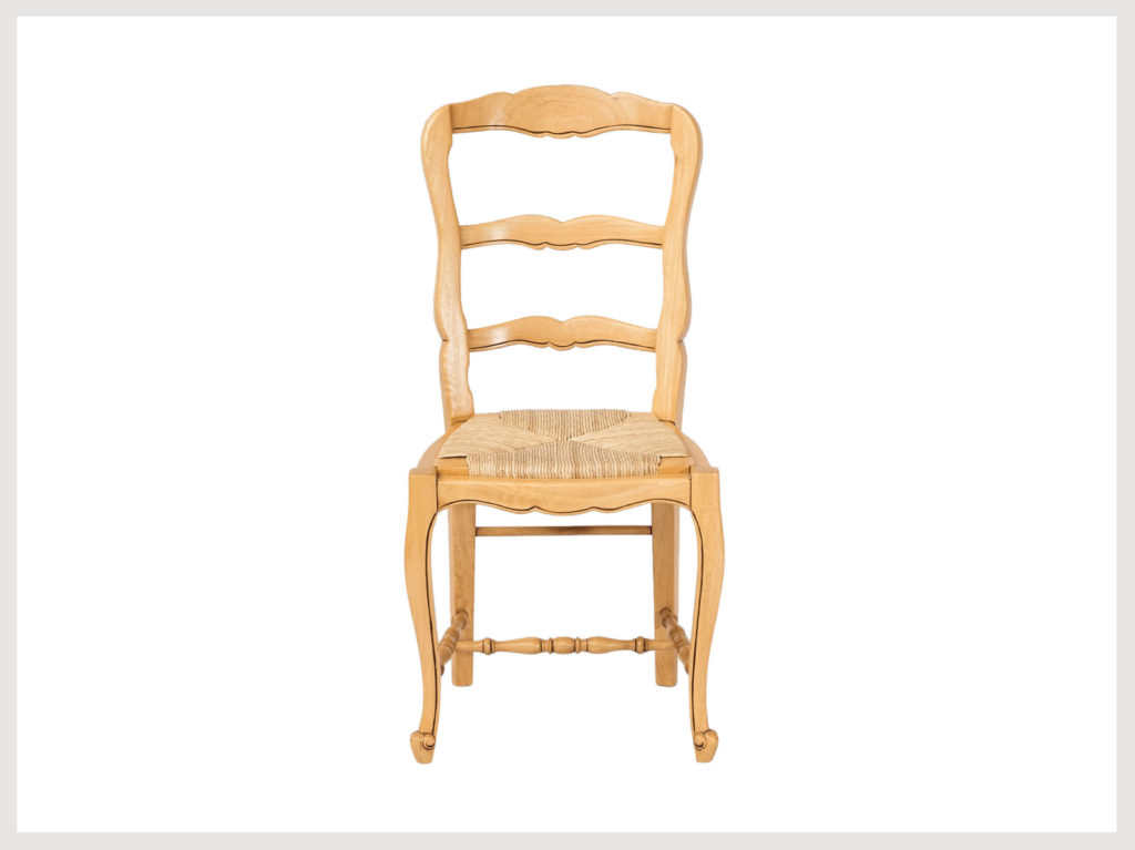 French country style chair in blonde wood finish (LB19)